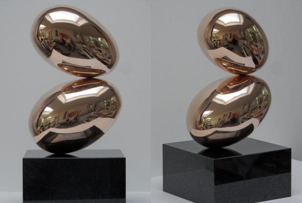 Muze's Kiss Bronze De kus van een muze brons